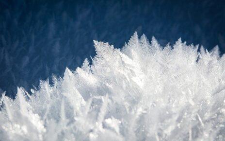 kryształki lodu